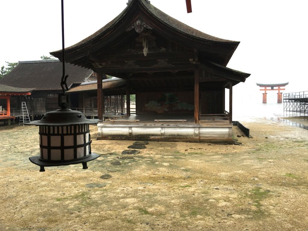 厳島神社 海に浮かぶ能舞台
