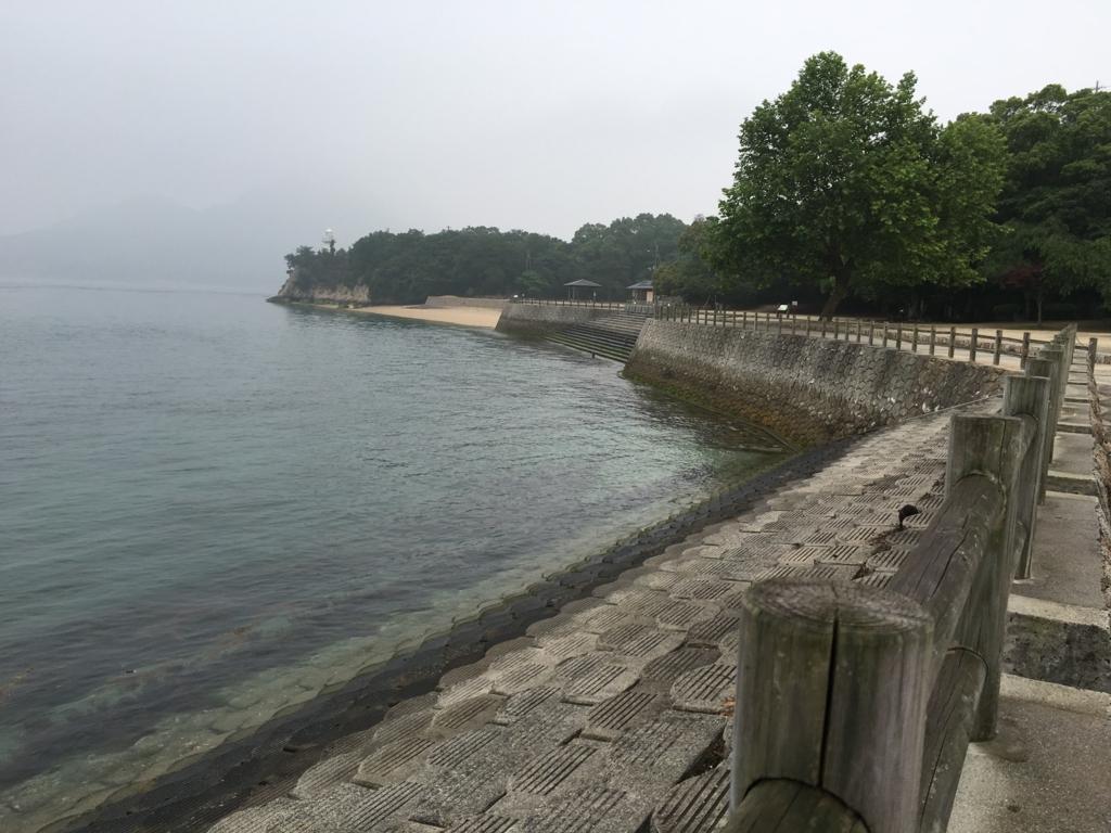 2回目のうさぎ島 大久野島 集音機付近からの海水浴場