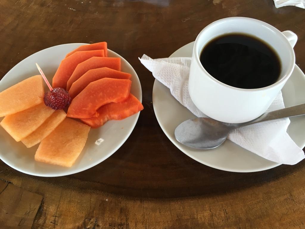グアテマラ 「Restaurante Ranchon Mary」ランチ デザート グアテマラ珈琲