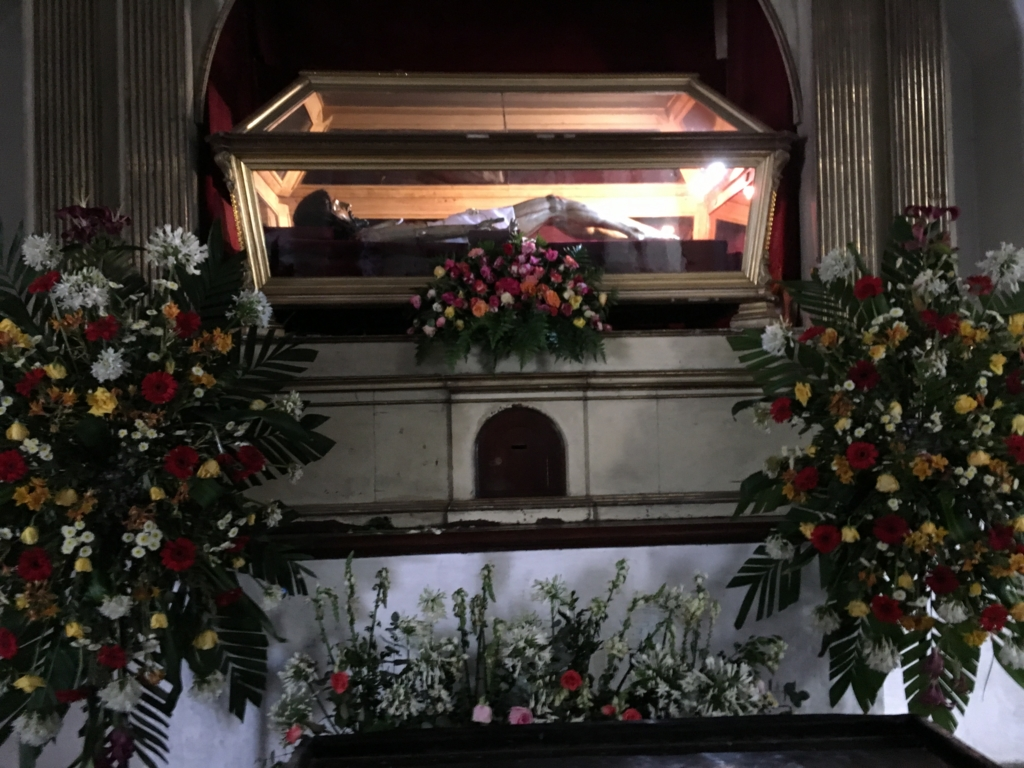 グアテマラ アンティグア キリスト像