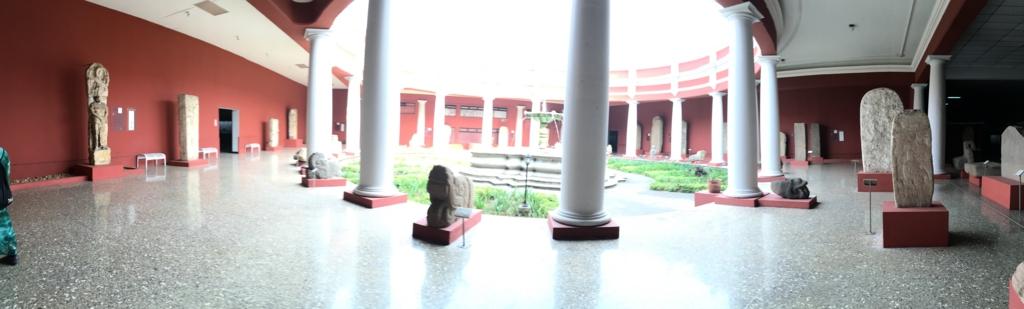 「グアテマラ考古学民俗学博物館」中庭