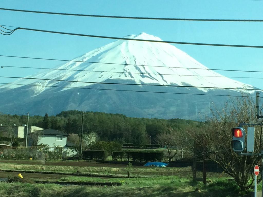 はとバス「ピアニシモⅢ」帰路の富士山