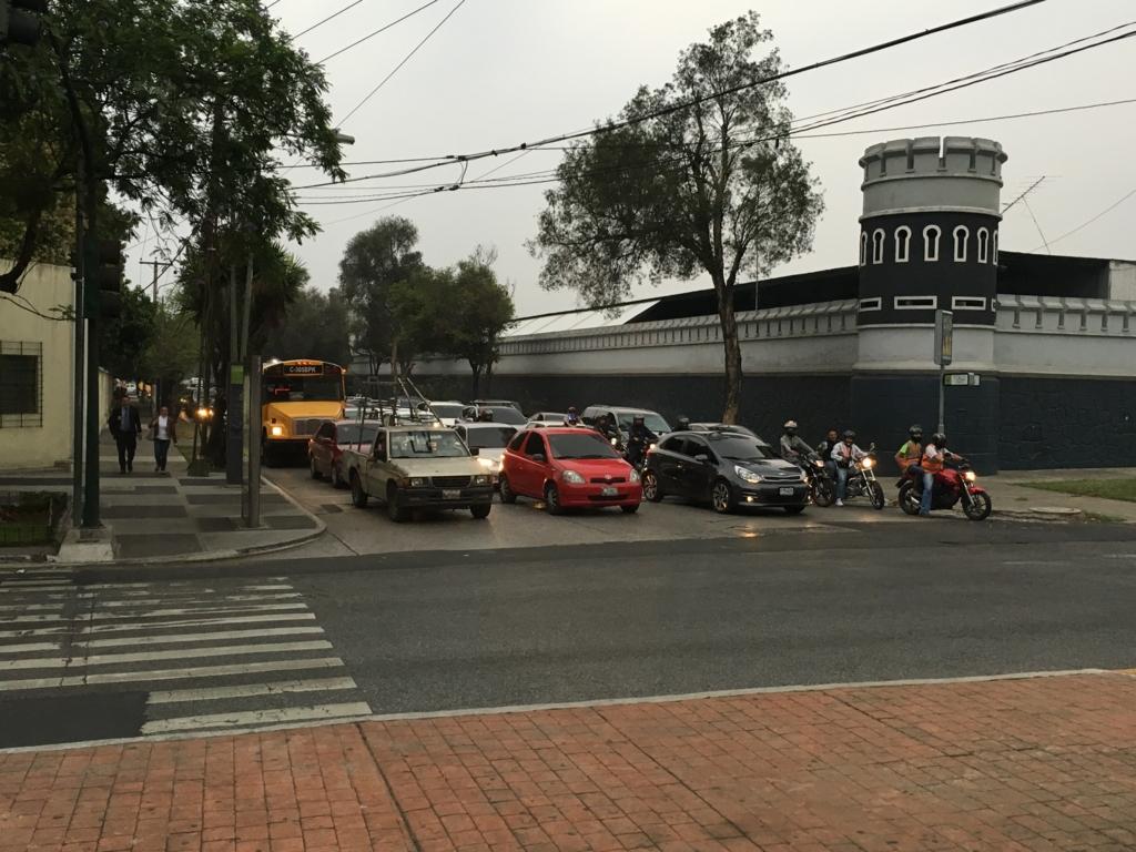 グアテマラシティ市内 帰宅時間? 道路の渋滞