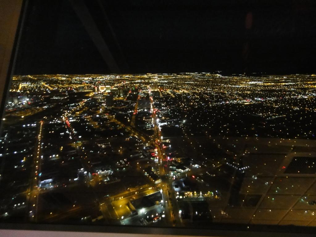 ラスベガス ストラトスフィアタワーからの夜景
