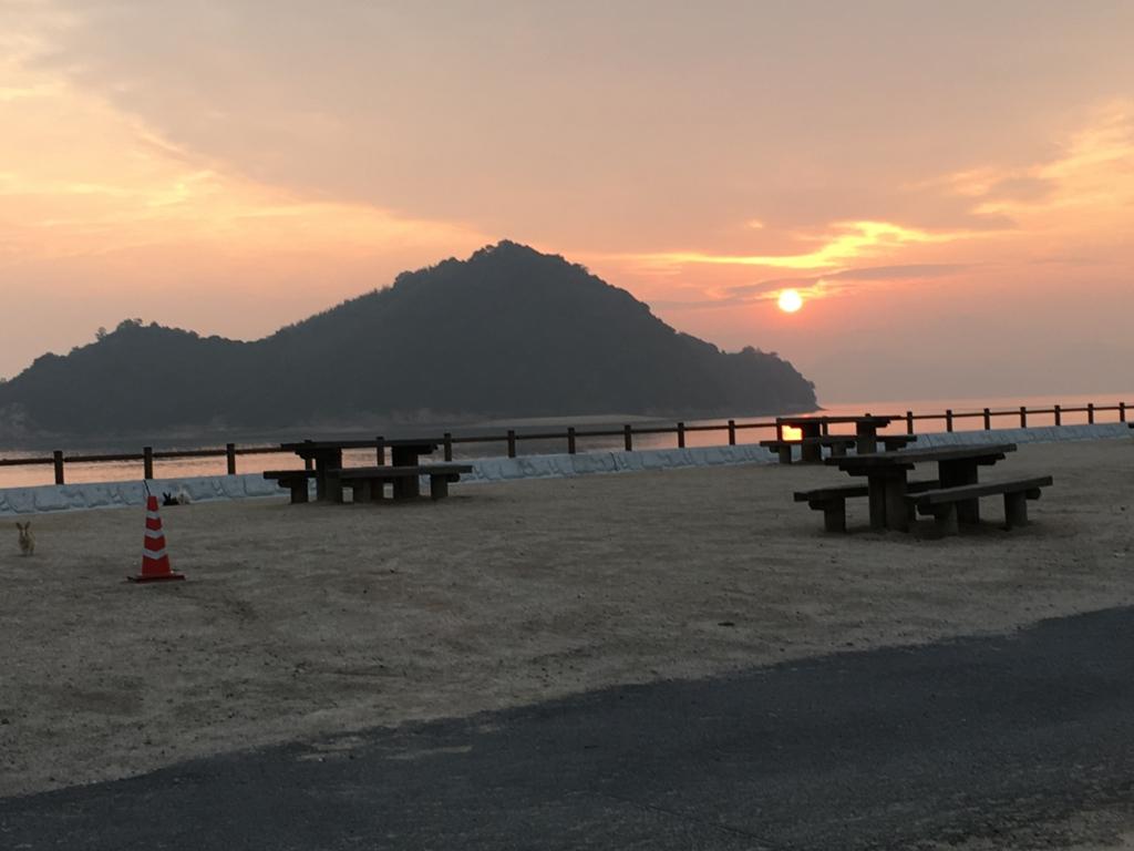 うさぎ島(大久野島) 休暇村より 5月の夕焼け