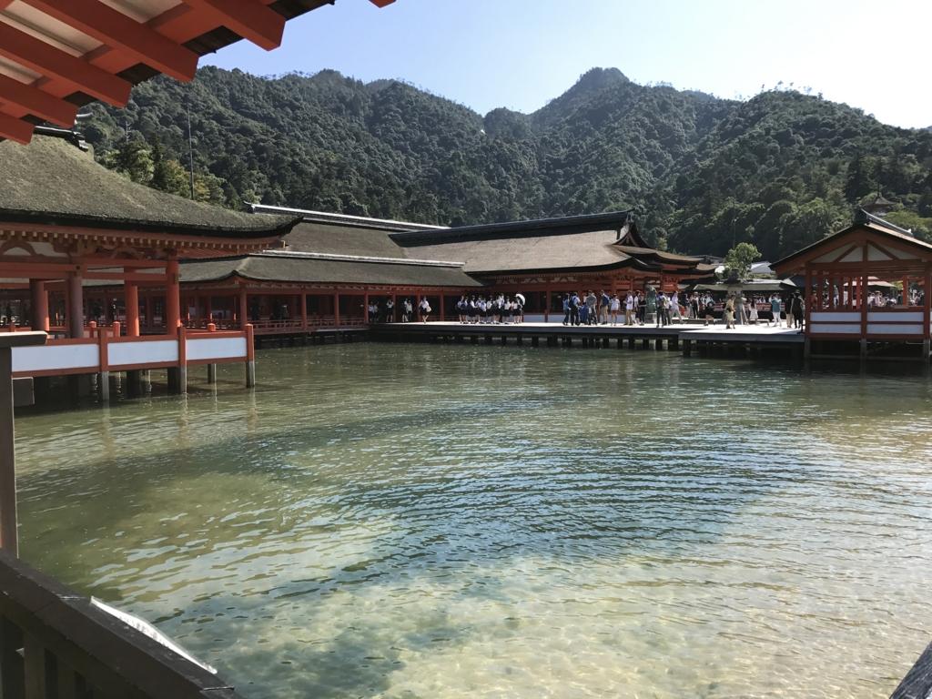 宮島 満潮時の 厳島神社