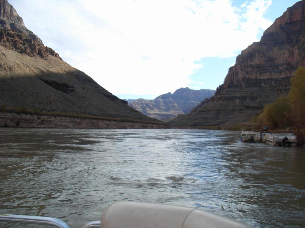 グランドキャニオン ウエストリム コロラド川 ボート体験