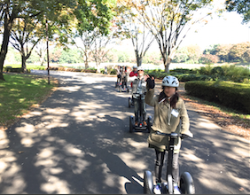 昭和記念公園 セグウエイツアー ツアー開始 列を作って