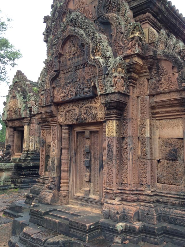 カンボジア シェムリアップ バンテアイ・スレイ遺跡 建造物