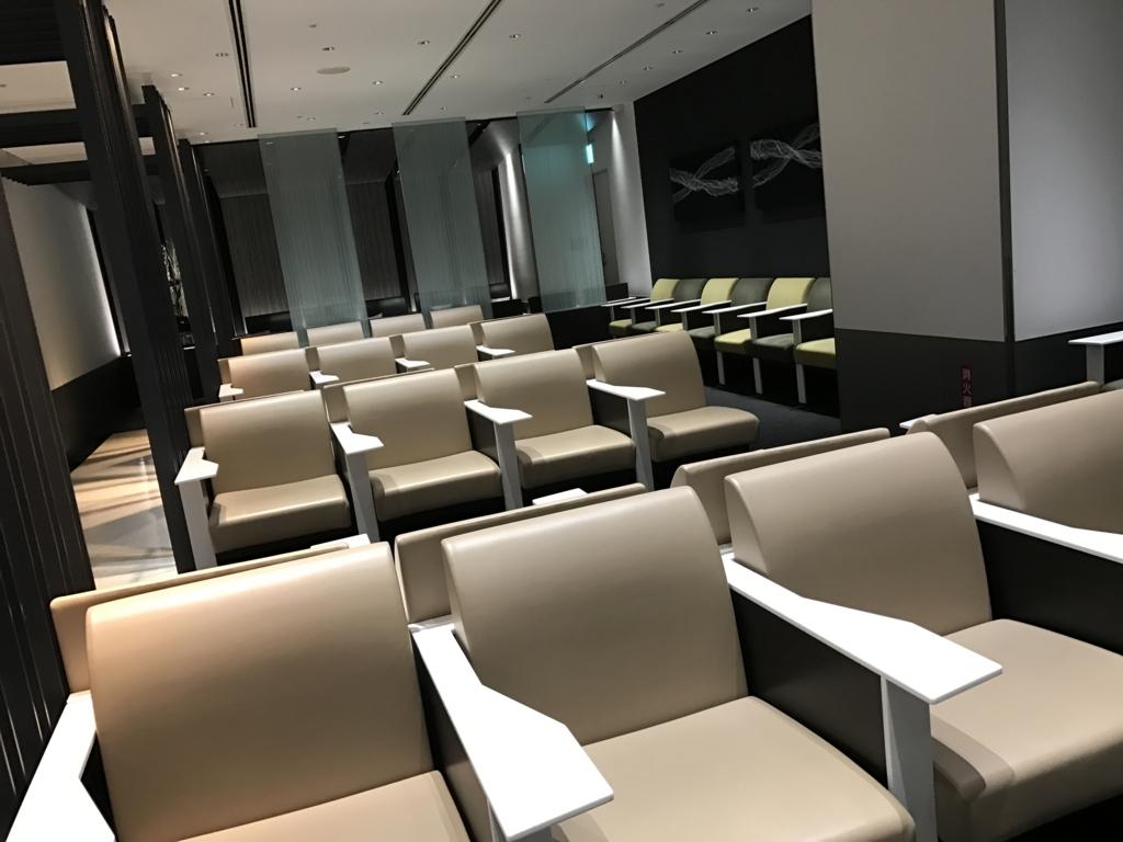 広島空港 ANAラウンジ 椅子席