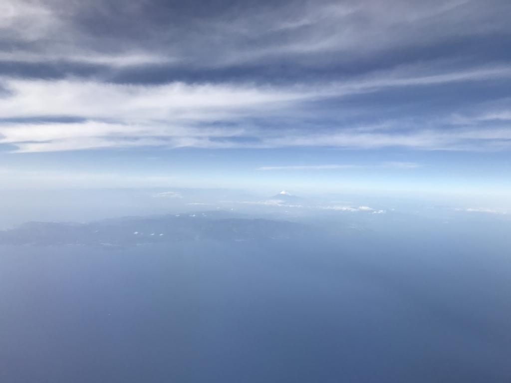 広島空港-羽田空港 ANA 向こうに富士山