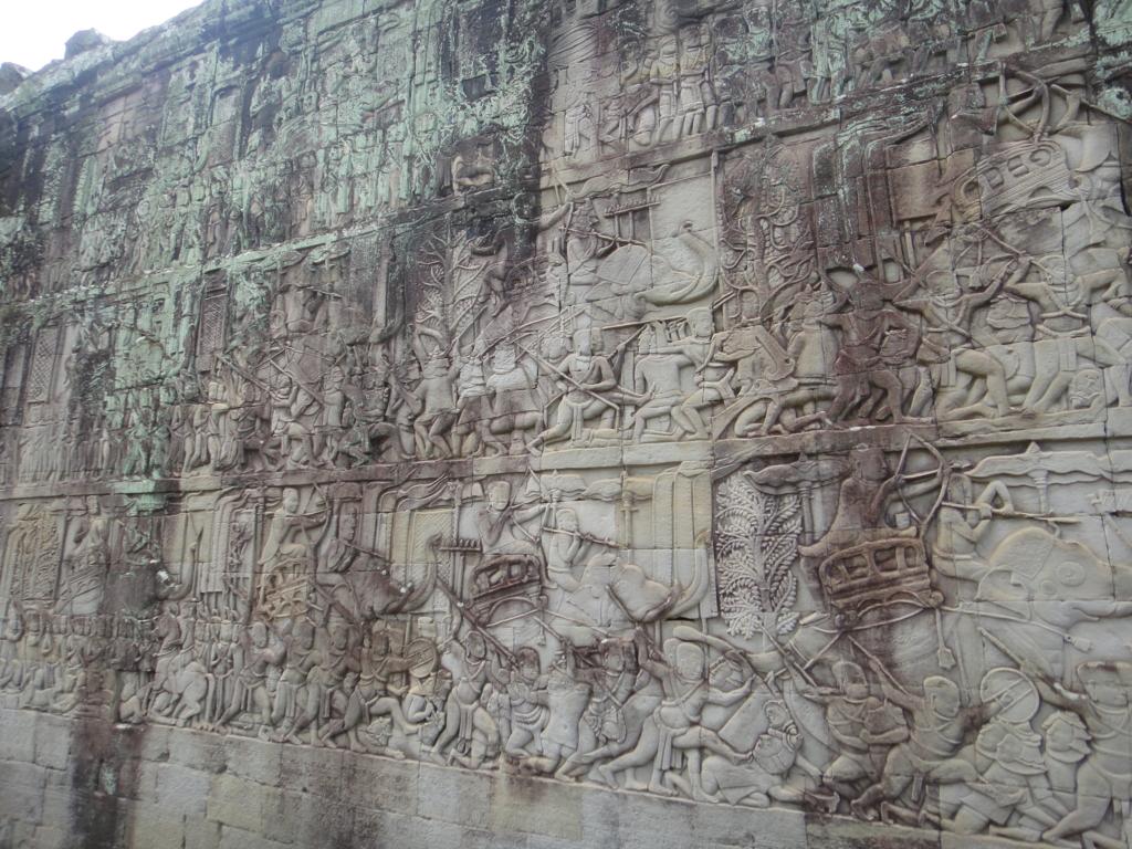 カンボジア シェムリアップ アンコール・トム遺跡 バイヨン レリーフ