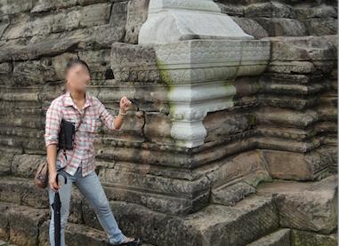 カンボジア シェムリアップ アンコール・トム遺跡 今の材料で修復された遺跡
