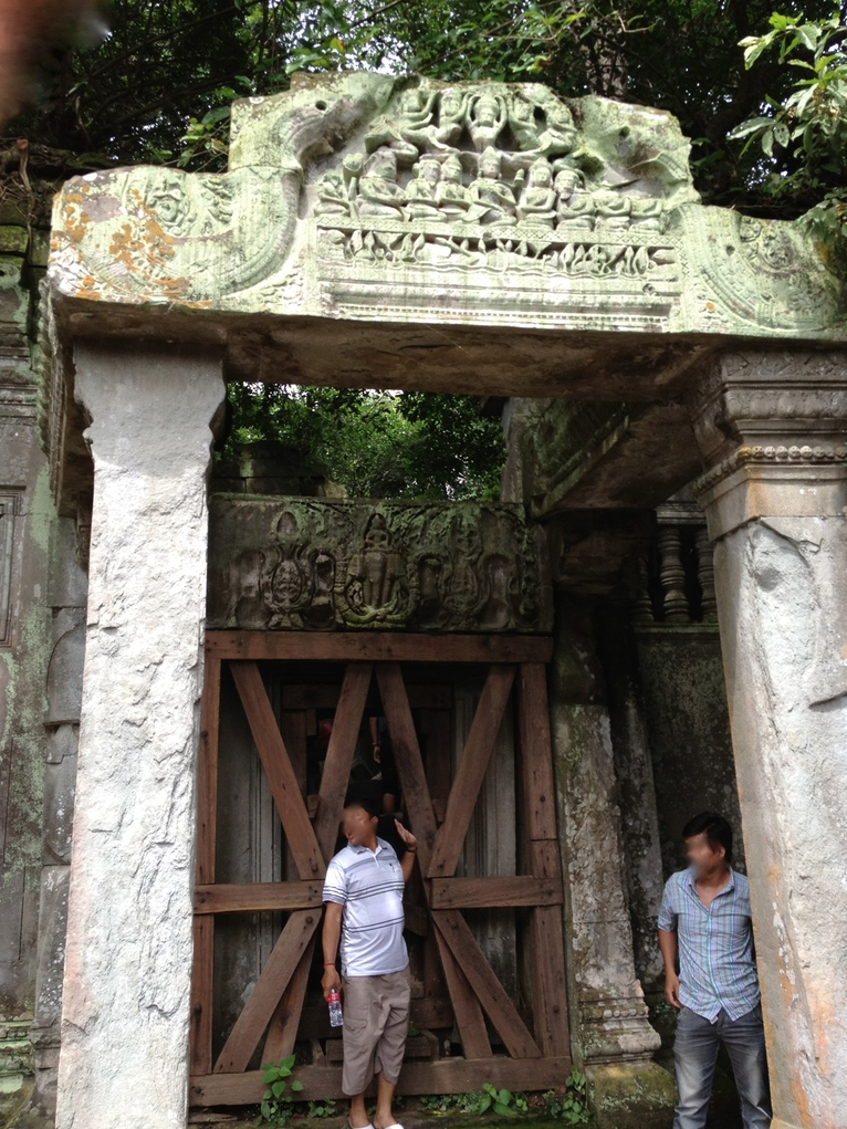 カンボジア「ベンメリア遺跡」3時間コース入り口