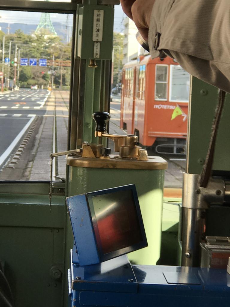 愛媛県 松山市 鉄道線と軌道線が交差する踏切