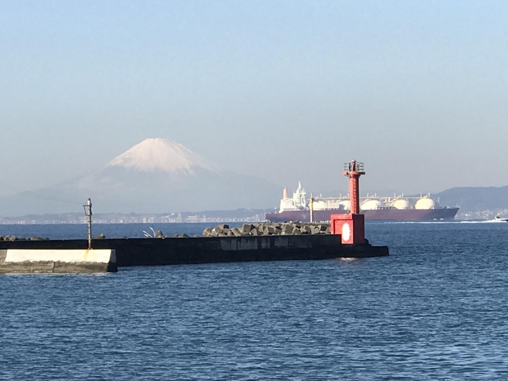 千葉県富津市金谷港 からの 富士山
