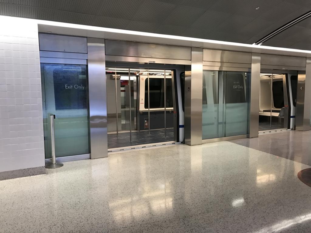 ラスベガス(マッカラン国際)空港 トラム