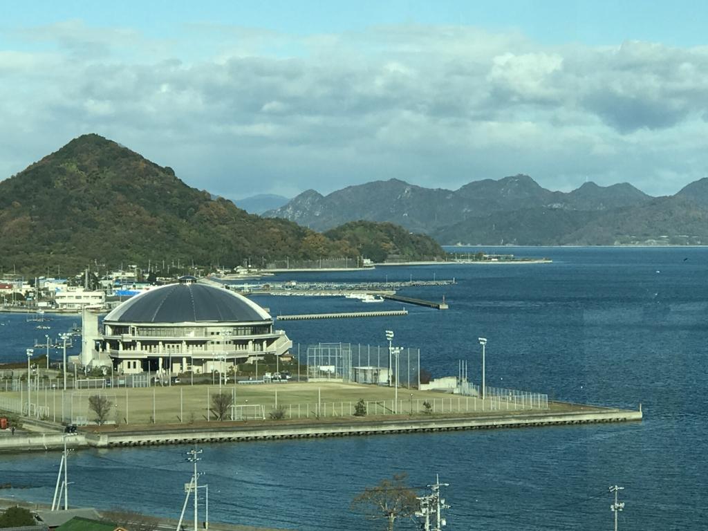 「しまなみ海道」高速バス「キララ エクスプレス」乗車中  多々羅大橋より