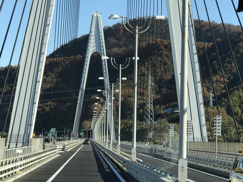 「しまなみ海道」高速バス「キララ エクスプレス」生口橋 走行中