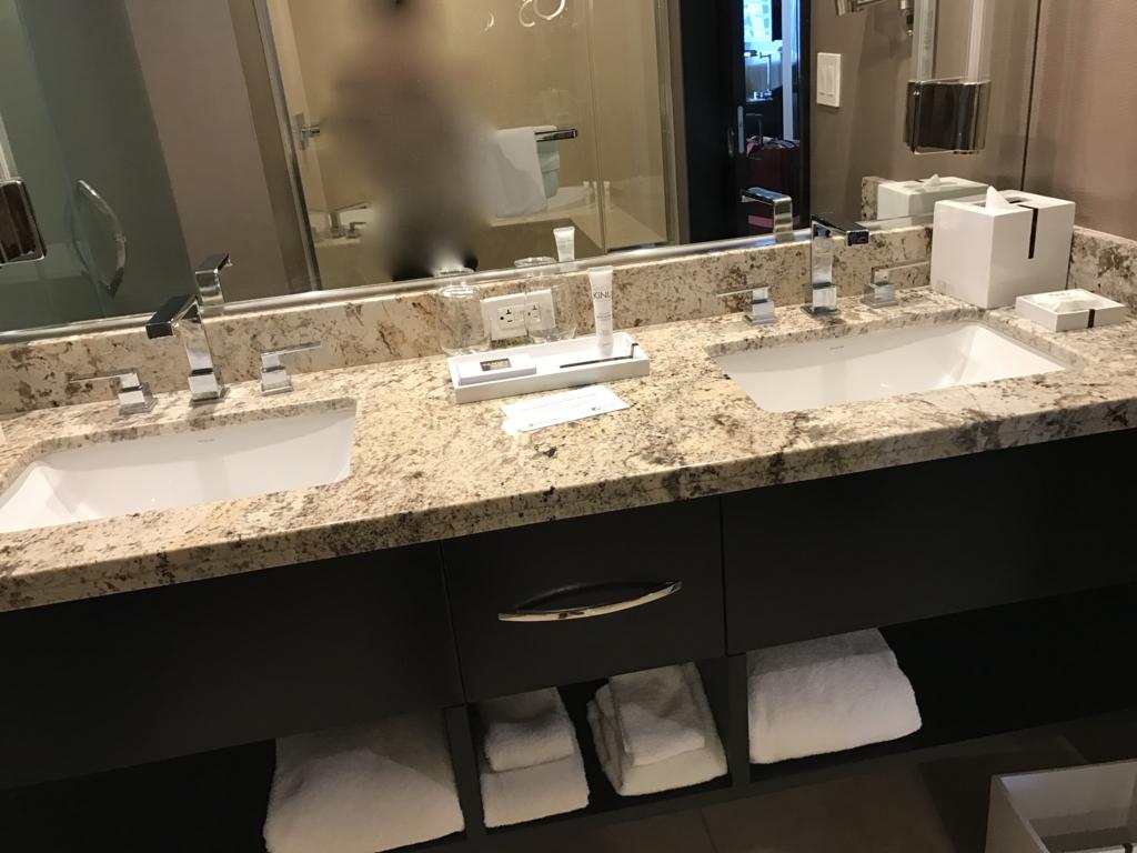 ラスベガス 「ARIA リゾート & カジノ」 部屋 バスルーム 洗面