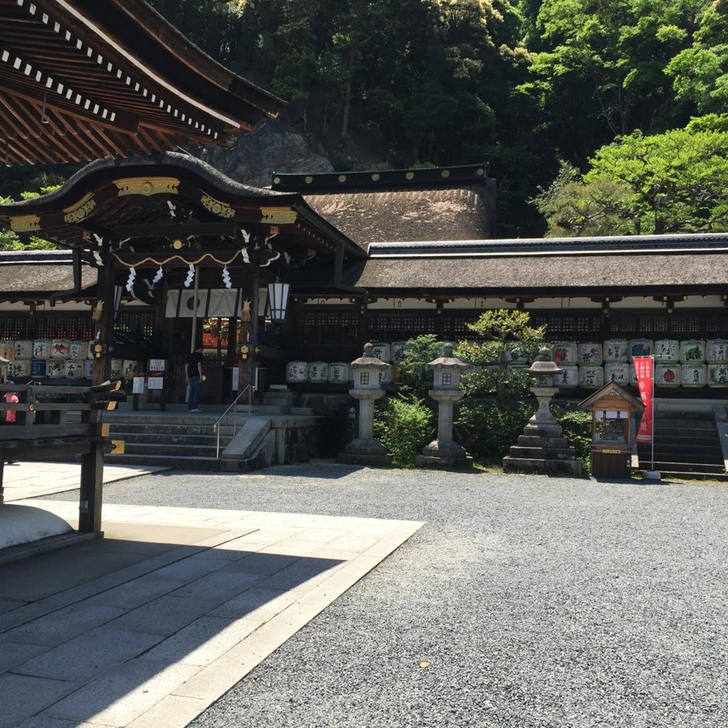 京都府 松尾大社 本殿横