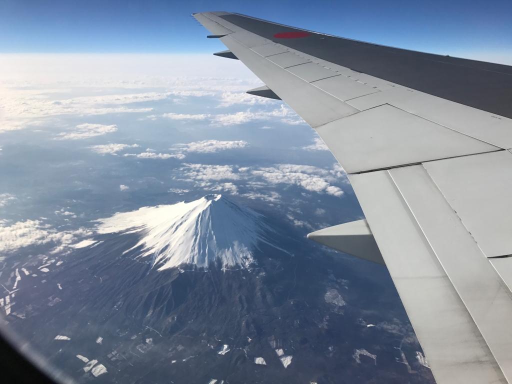 ANA671便 28番左側席から 富士山