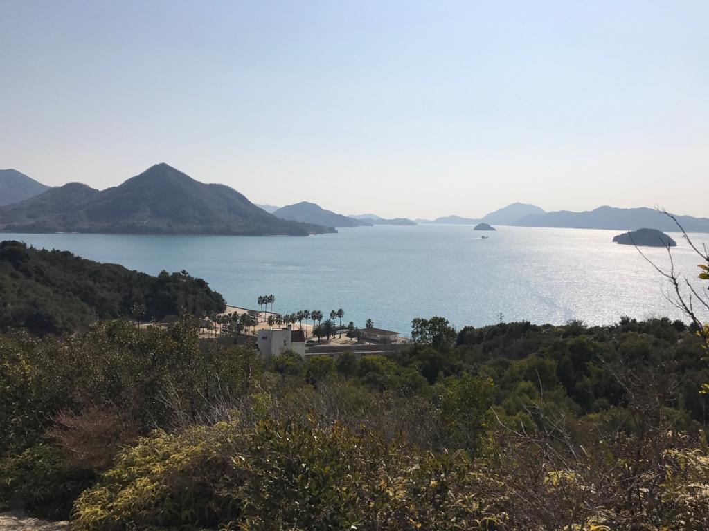 広島県 うさぎ島(大久島)展望台 からの 道 (険しい道)景色 休暇村