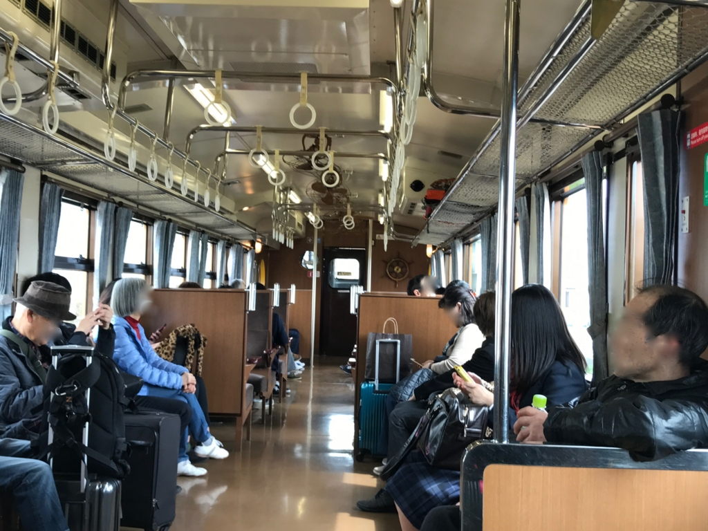 観光快速列車「瀬戸内マリンビュー」自由席車両