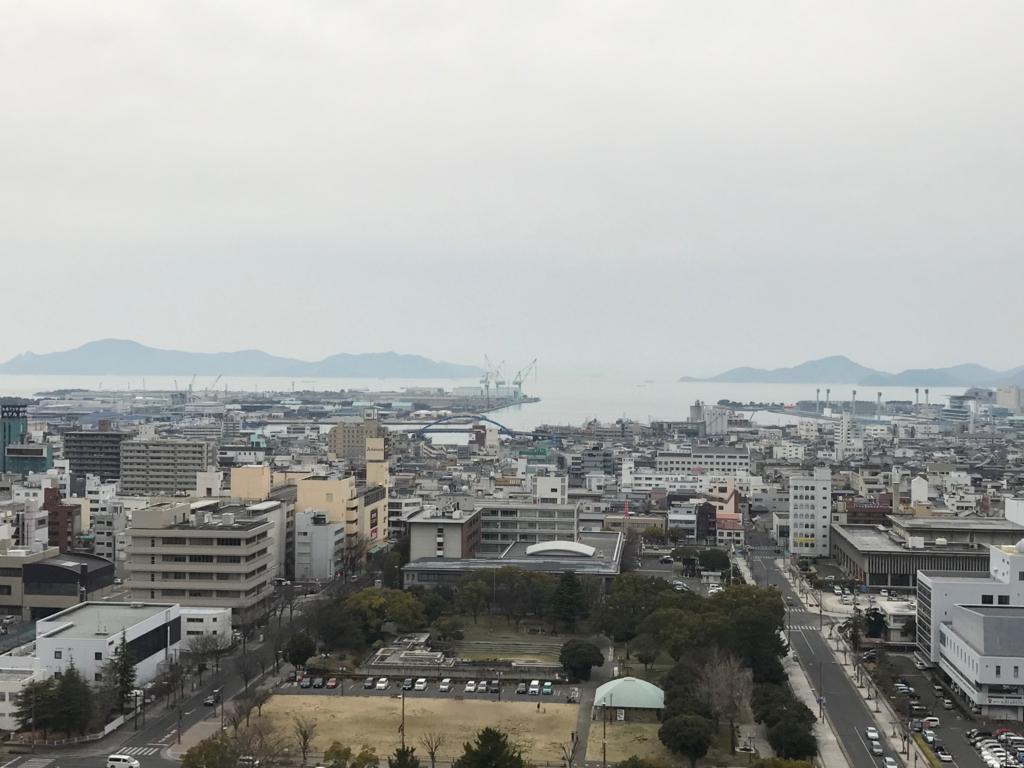 香川県 丸亀城 本丸からの風景 海側
