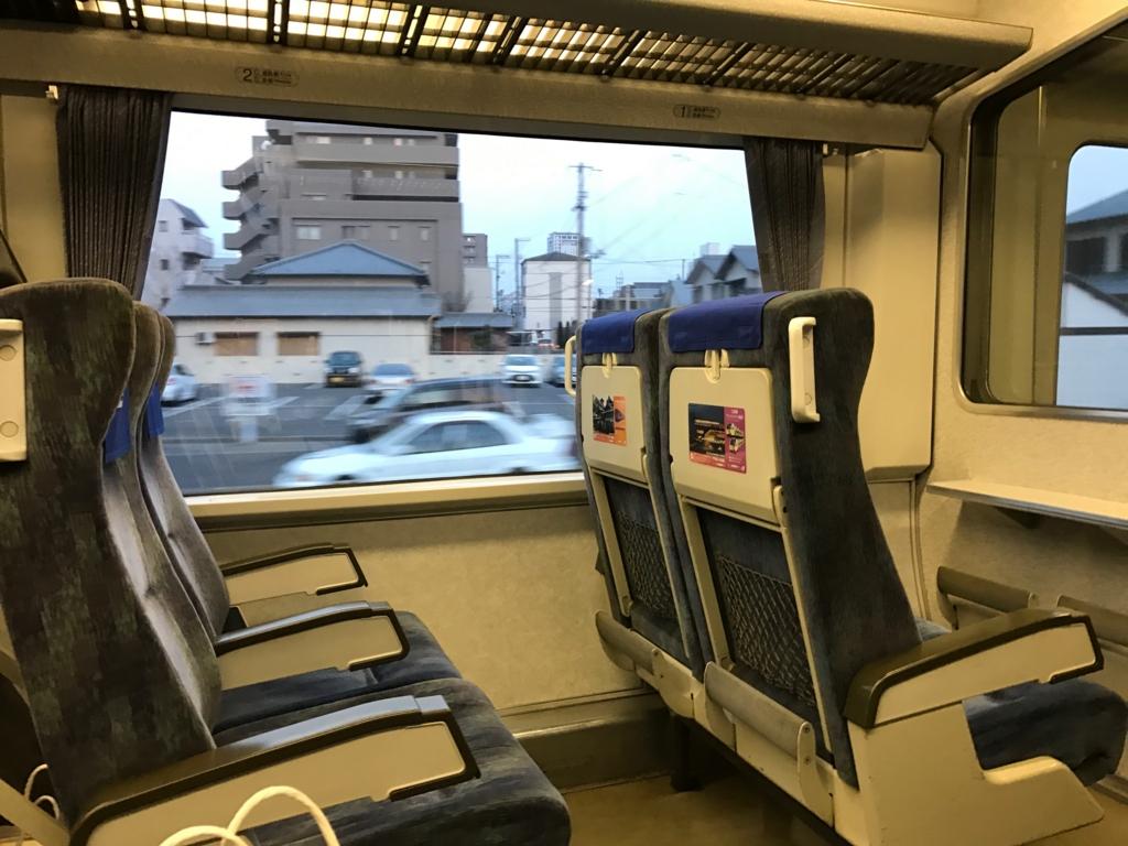 JR高松駅ー徳島駅 特急「うずしお23号」車内