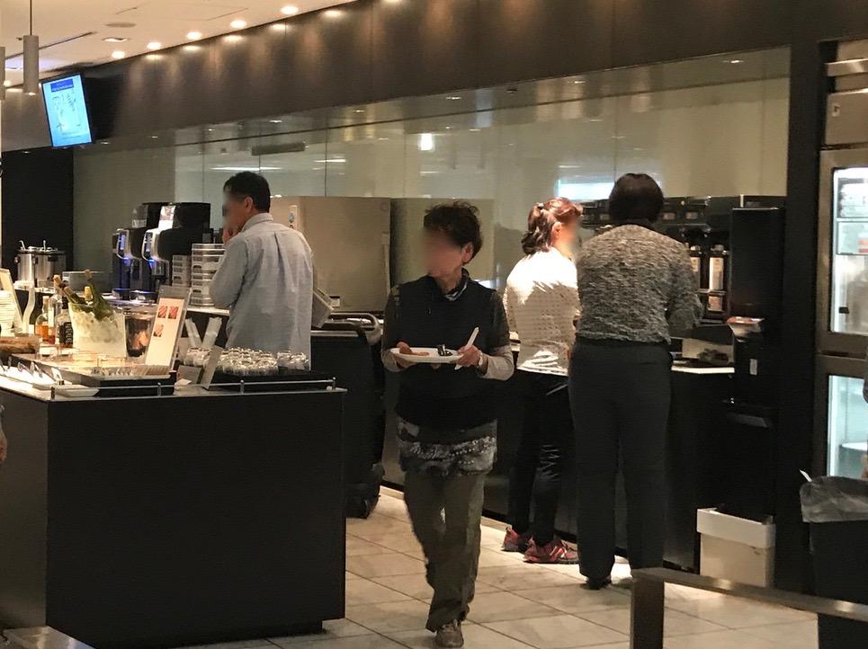 成田空港 第一ターミナル ANA ビジネスクラスラウンジ