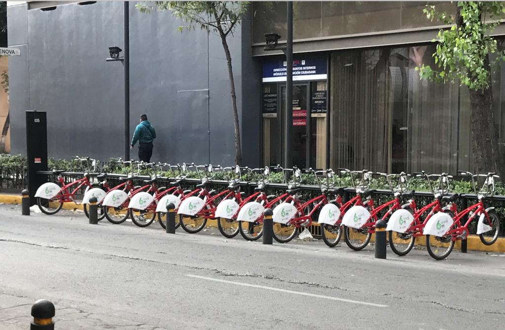メキシコシティ 独立記念塔付近 レンタル自転車