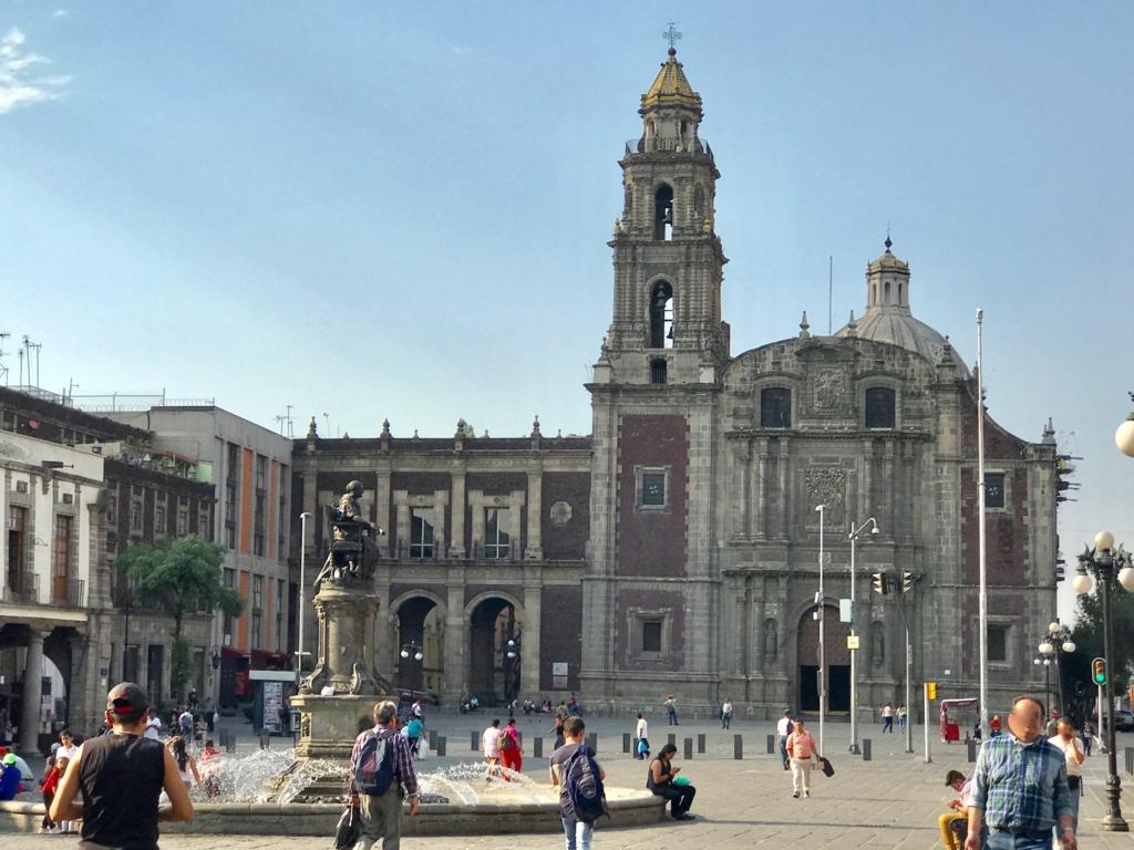 メキシコシティ サント・ドミンゴ教会