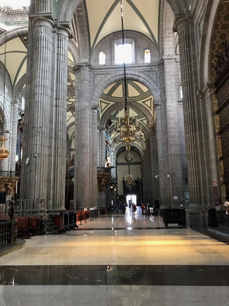 メキシコシティ メトロポリタン大聖堂 内部