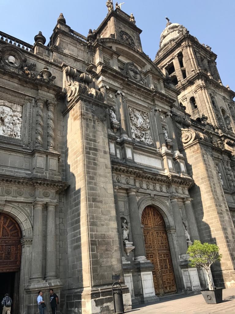 メキシコシティ メトロポリタン大聖堂 入り口