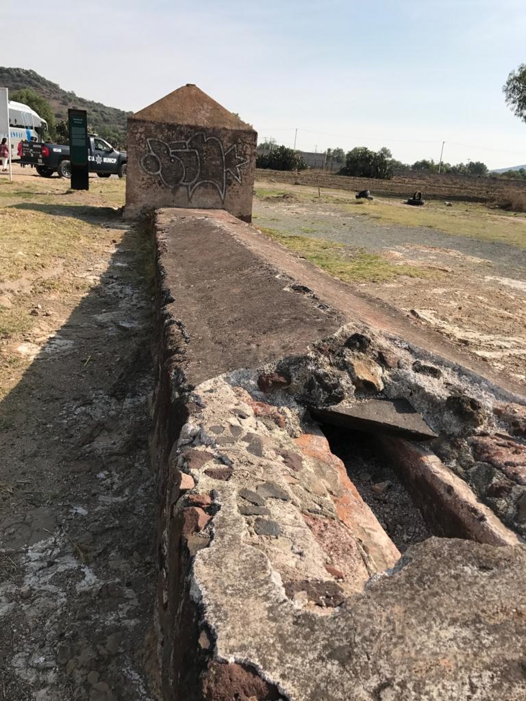 メキシコ 世界遺産 テンプレケ水道橋 上部