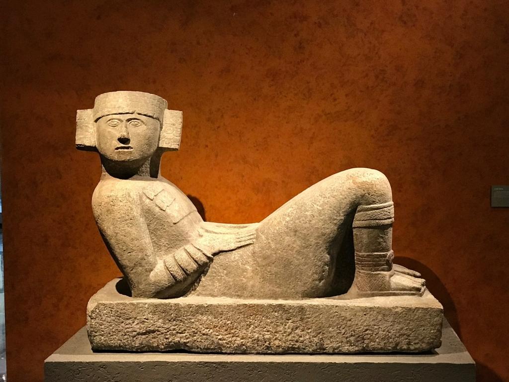 メキシコシティ「国立人類学博物館」チチェンイツァ遺跡 チャック・モール像
