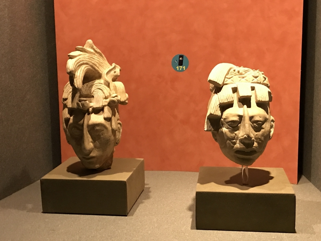 メキシコシティ「国立人類学博物館」パレンケ遺跡 パカル王の頭像