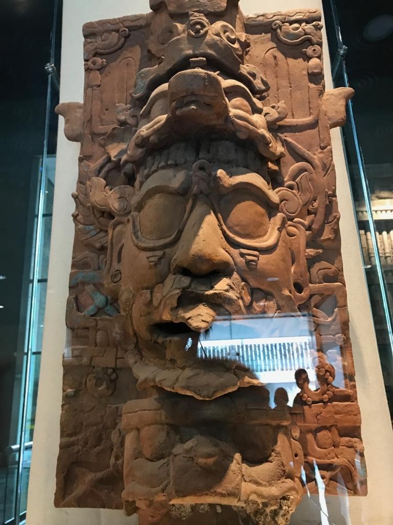 メキシコシティ「国立人類学博物館」パレンケ遺跡 香炉 全体像