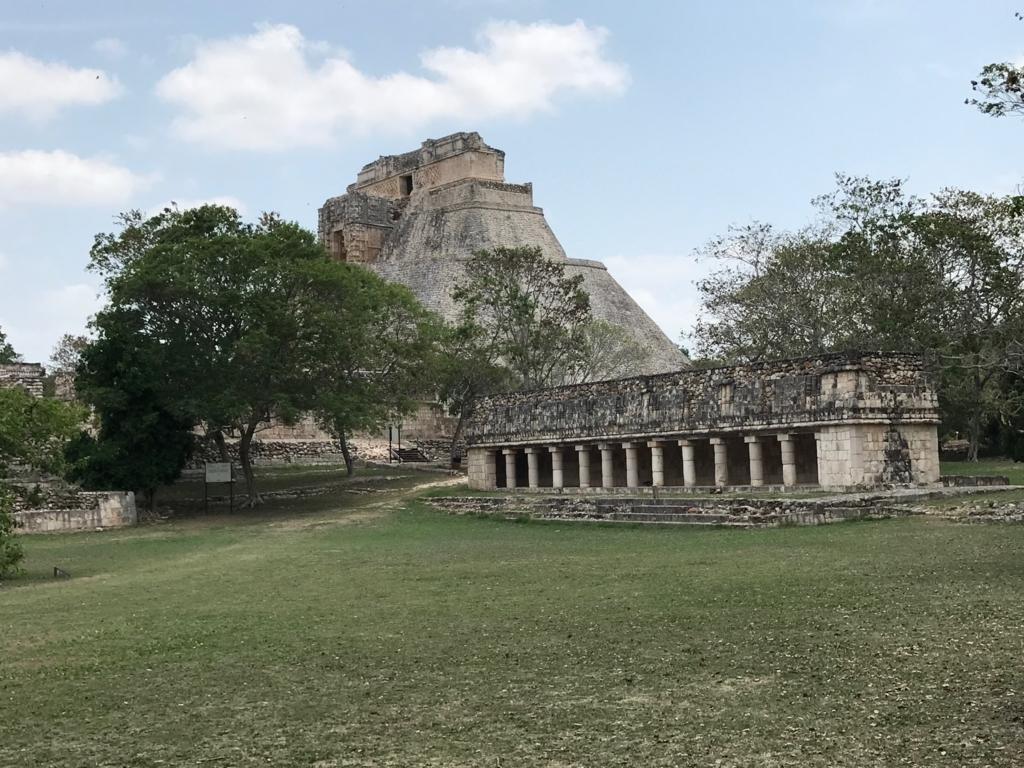 fメキシコ ウシュマル遺跡