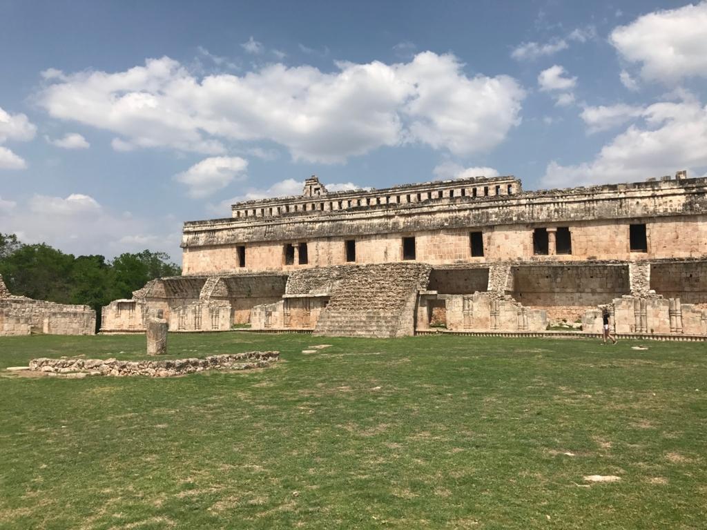 メキシコ カバー遺跡 「宮殿」