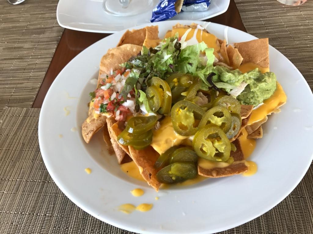メキシコ カンクン 「クリスタル グランド プンタ カンクン」ホテル 「THE GRILL」トルテーヤチップスの料理