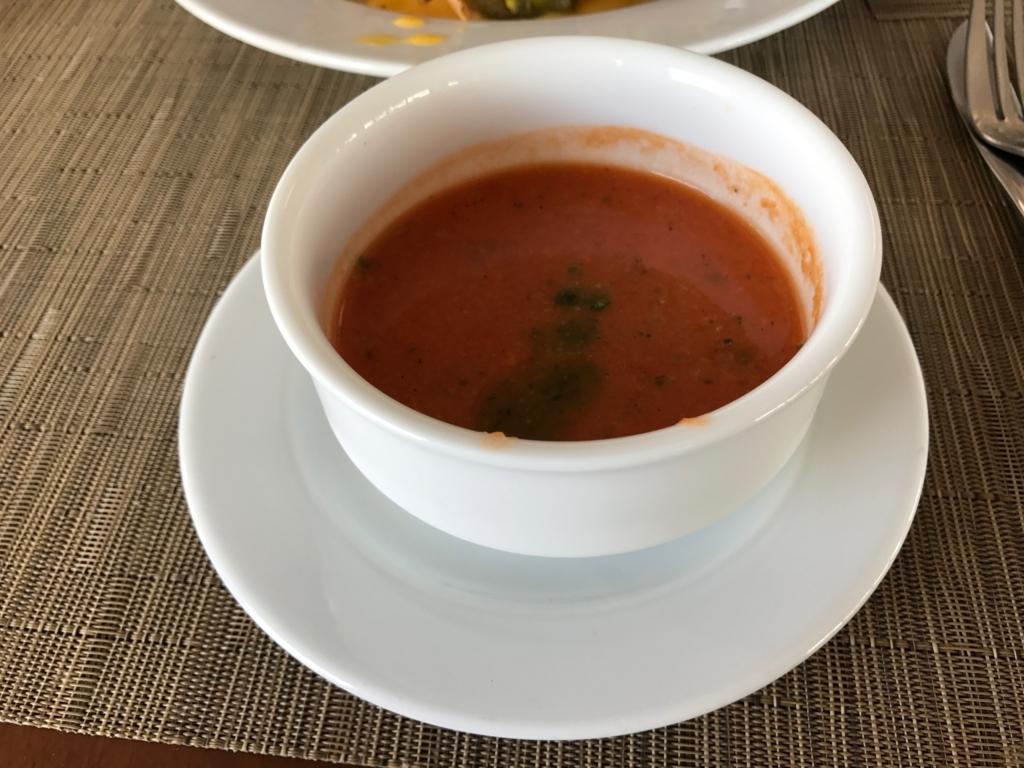 メキシコ カンクン 「クリスタル グランド プンタ カンクン」ホテル 「THE GRILL」分けていただいたあスープ
