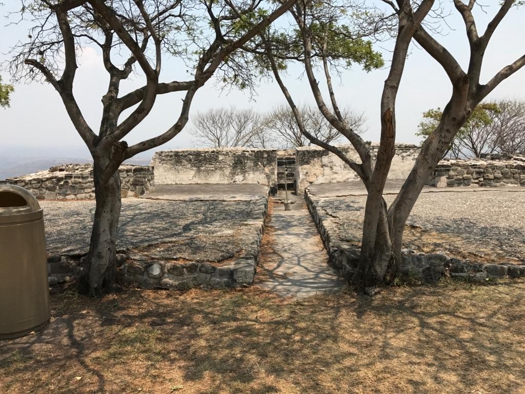 メキシコ ソチカルコ遺跡 貯水場