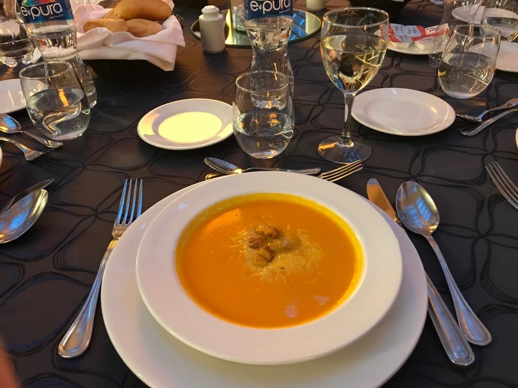 メキシコ 国際空港近く マリオットホテルで夕食