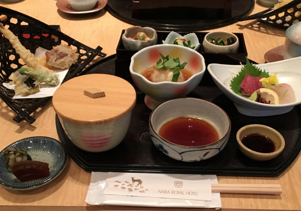 「奈良ロイヤルホテル」日本料理「竹の家」で夕食