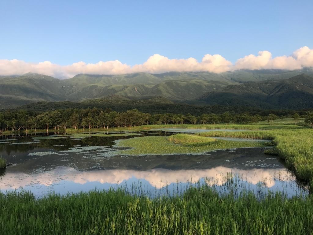 北海道 知床 一湖 側面より 高架木道より撮影
