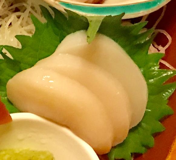千葉県 安房勝山 「紀伊乃国屋 別亭」夕食 主菜 地魚姿造り 最高だったホタテ