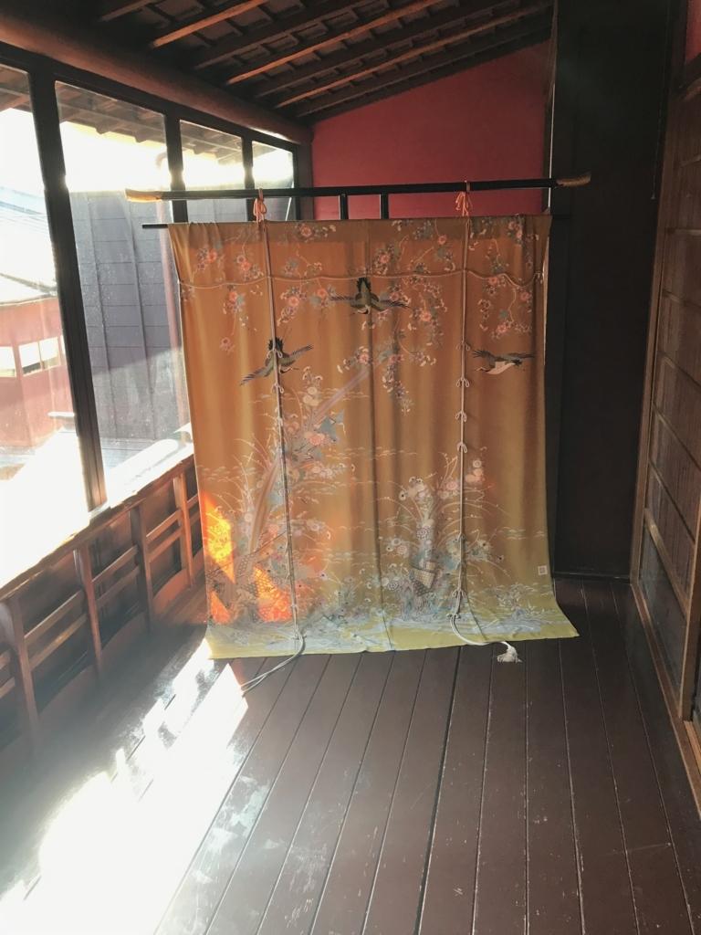 金沢 ひがし茶屋街 「懐華楼」 2階 「うぐいす張りの廊下」