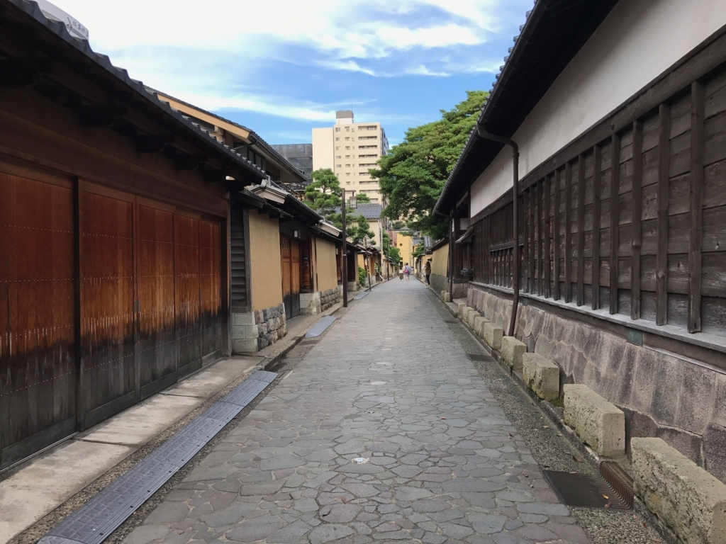 金沢 長町武家屋敷街跡 石垣の作りが違う屋敷